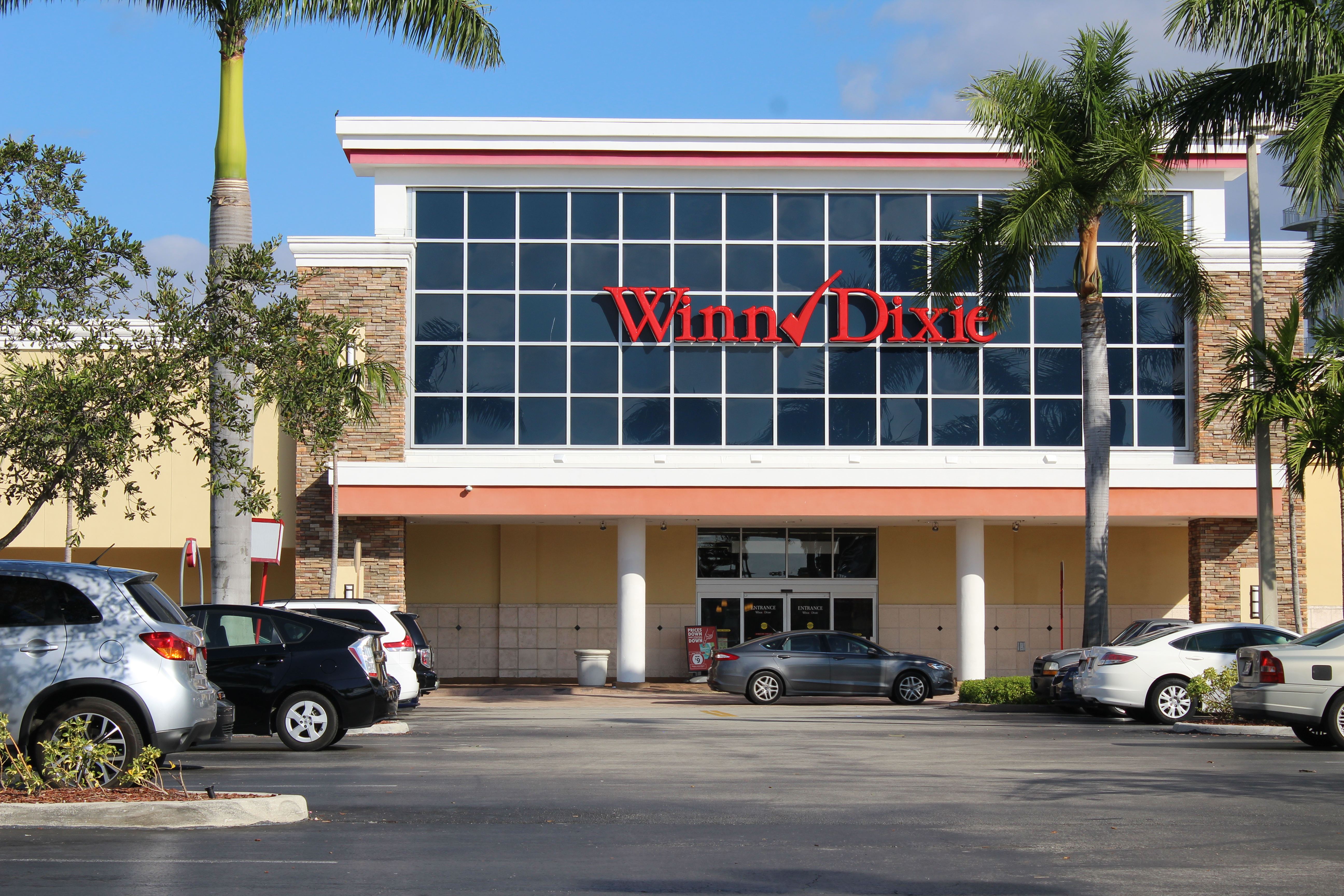 View of Winn Dixie on Hallandale Beach Blvd.
